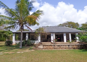 Two Bedroom Main House with 2 Bedroom Cottage Set in 2.5 Acres of Kilifi 2nd Row