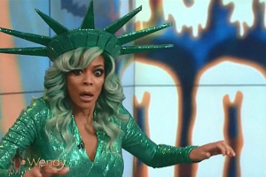 Funniest Wendy Williams Fainting Memes