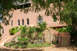 Magnificent 5 Bedroom Moorish Watamu House on Beach Access Road for Sale