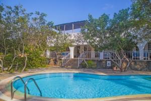 Hot Coast Property: Mwanana House