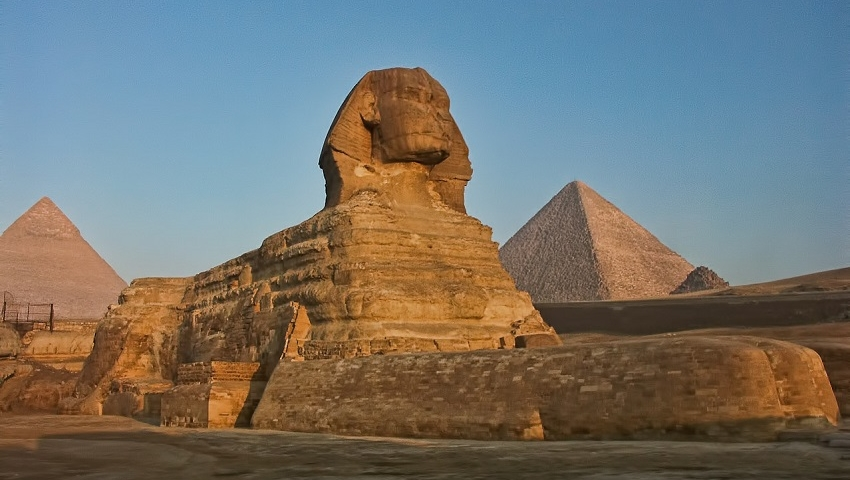 Buzz Quiz: Which Famous African Landmark Are You?