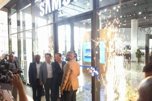 Samsung Opens the Largest Store in Africa at Two Rivers