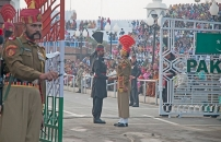A Party with the Enemy: This Colourfully Wacky India-Pakistan Border Ceremony Will Amuse You