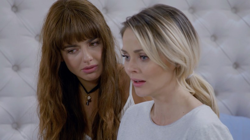 Daughters of the Moon: Will Juana Victoria's Friendship with Estefania Last?