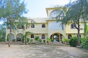 Lovely 4 Bedroom Designer House in 4 Acres of Oceanfront for Sale Watamu Beach, North Watamu