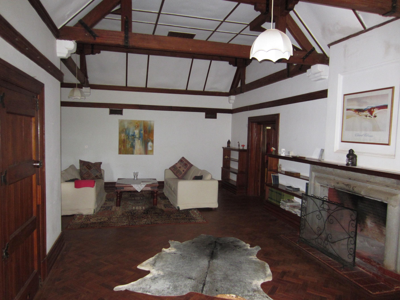 Manyika house