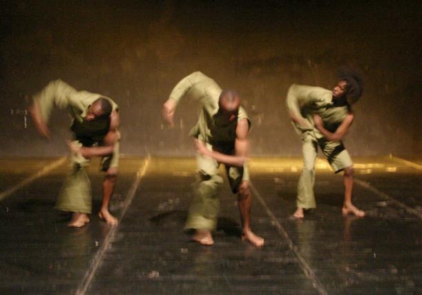 Ukenia Dance Theatre